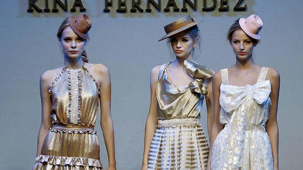 Kina Fernández, silueta femenina en oro