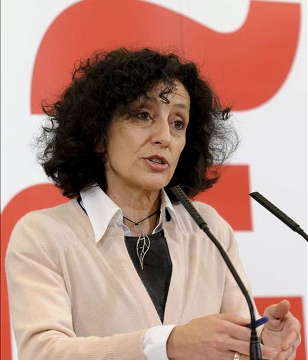 La ministra de Educación, Política Social y Deporte, Mercedes Cabrera, en una rueda de prensa ofrecida ayer. EFE