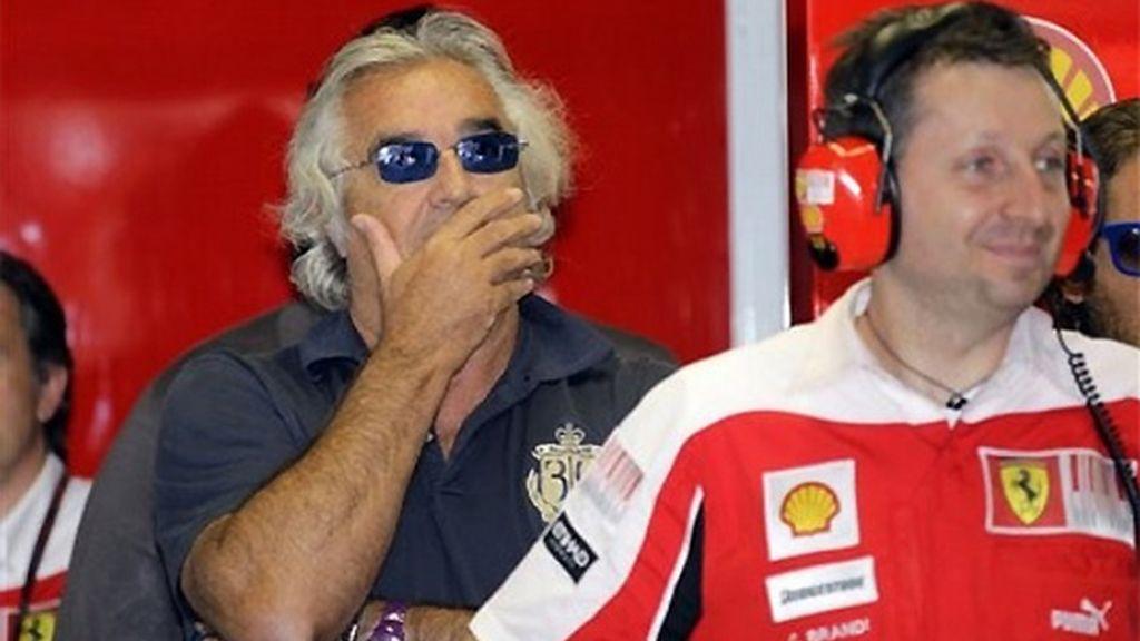 Briatore vio la victoria de Alonso desde el box de Ferrari. FOTO: AP.