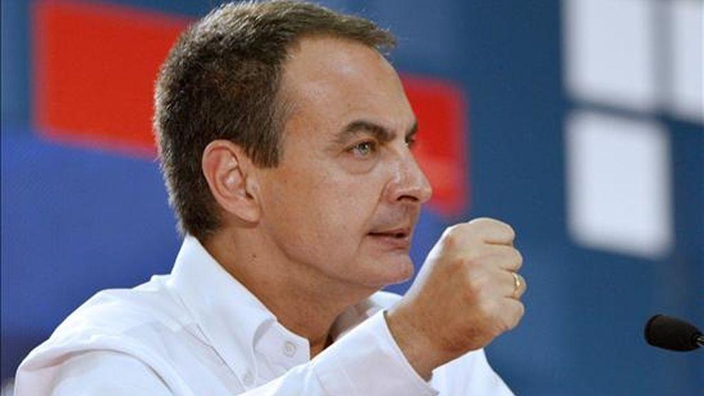 El secretario general del PSOE y presidente del Gobierno, José Luis Rodríguez Zapatero. EFE/Archivo