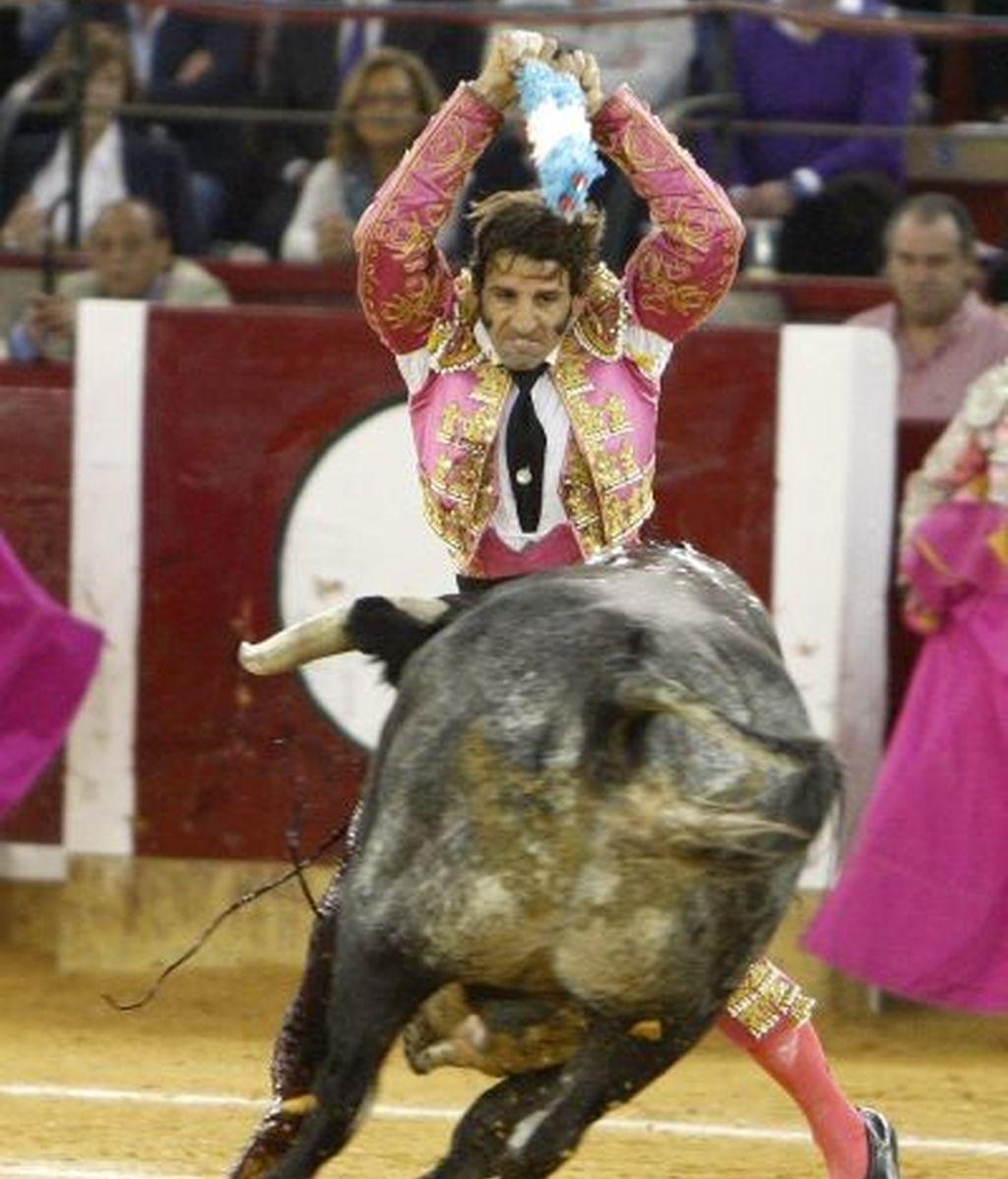 La gravísima cogida a Juan José Padilla, en imágenes