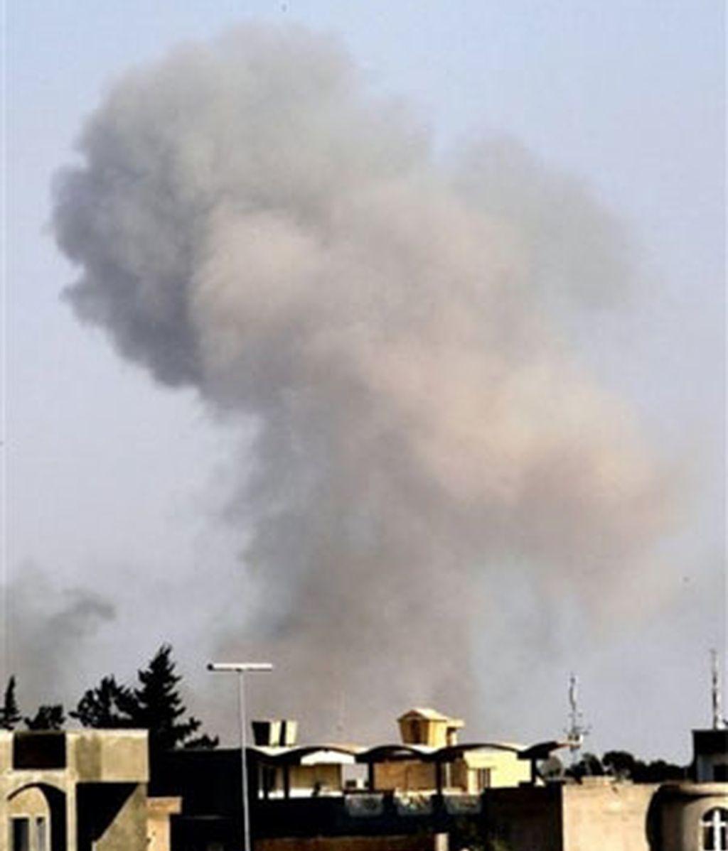 La OTAN podría haber aumentado su ofensiva en la capital libia. Vídeo: Informativos Telecinco.