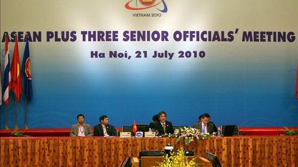 Un momento de la reunión de la Asociación de Naciones del Sudeste Asiático (ASEAN) celebrada este miércoles en Hanoi. EFE