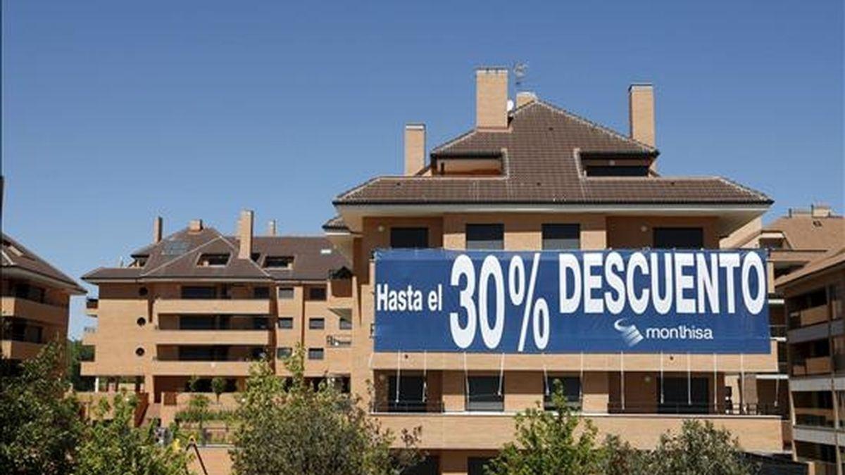En la imagen, pisos rebajados a las afueras de Madrid. EFE/Archivo