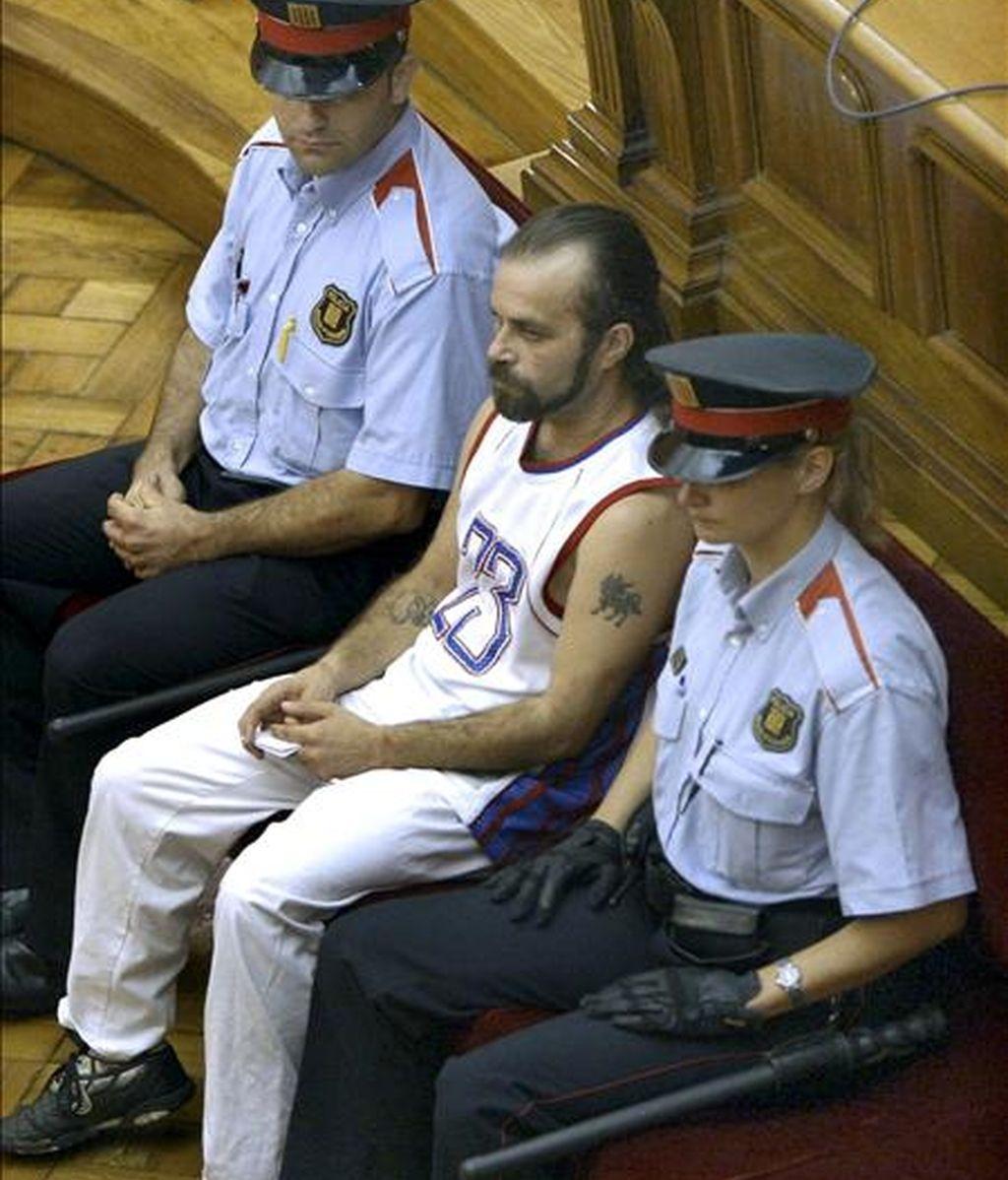 Pedro Jiménez, de quien el Tribunal Supremo (TS) ha anulado la sentencia por la que la Audiencia de Barcelona le condenaba a 83 años po por el asesinato y violación de dos mujeres policía en prácticas en L'Hospitalet de Llobregat (Barcelona). EFE/Archivo