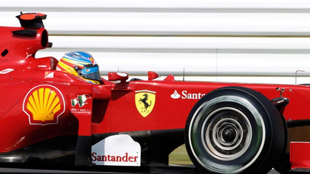 Alonso logra el segundo mejor tiempo en la segunda sesión