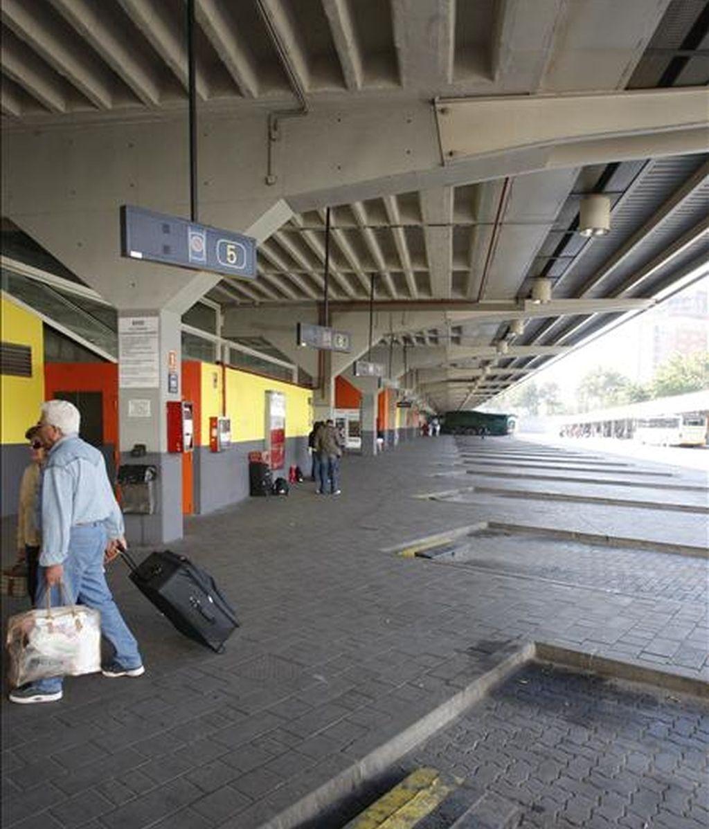 Las dársenas de la Estación de Autobuses de Méndez Álvaro, en una jornaa de huelga. EFE/Archivo