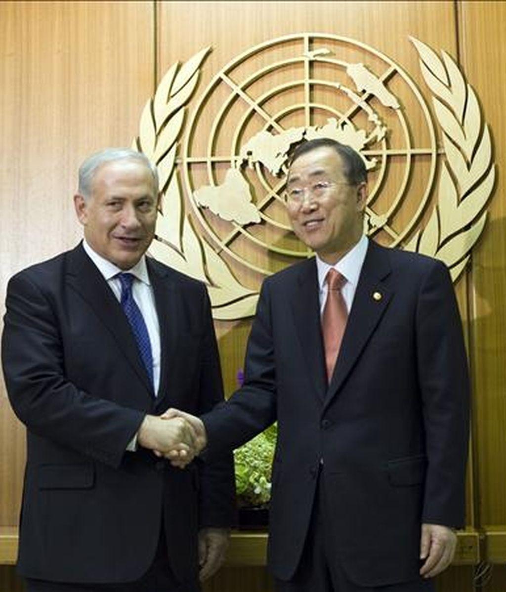 El secretario general de la ONU, Ban Ki-moon (d), y el primer ministro de Israel, Benjamin Netanyahu (i). EFE/Archivo