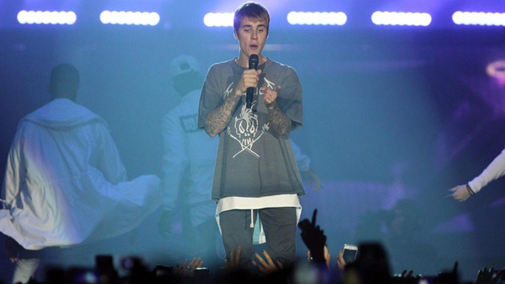 Un fan de Justin Bieber paga 2.500 euros para conocer a su ídolo en Madrid