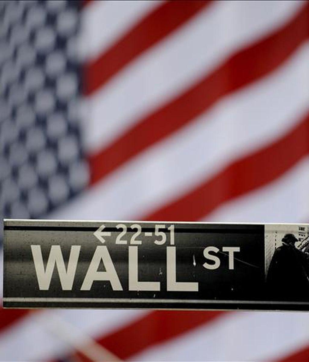 El Dow Jones avanzó 50,65 puntos y quedó en 7.939,53 unidades. EFE/Archivo
