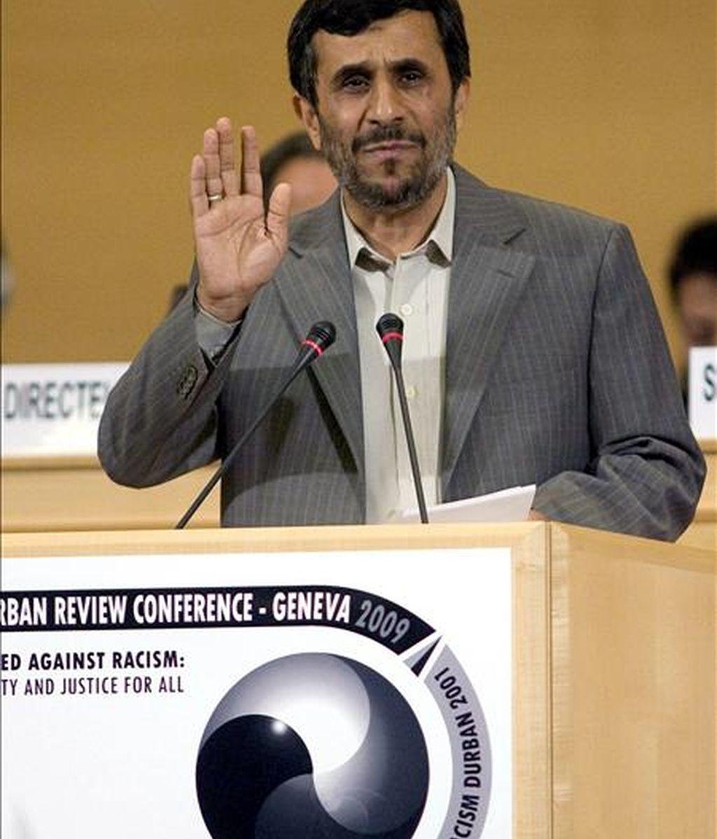 El presidente iraní, Mahmud Ahmadineyad, durante su discurso ante la Conferencia sobre Racismo de la ONU. EFE