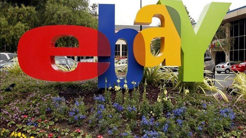 eBay confirmó que quiere desprenderse de Skype y que sacará la compañía a bolsa en 2010, si bien mantendrá en un primer momento una participación mayoritaria en esta firma. EFE/Archivo