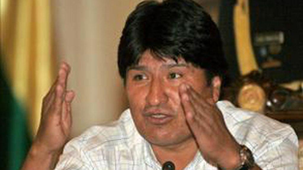 Evo Morales se dirige a la comunidad gay española. Foto: Archivo.