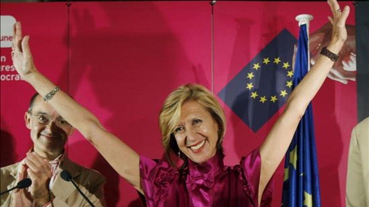 La presidenta de Unión Progreso y Democracia (UPyD), Rosa Díez, durante su comparecencia en un hotel de la capital tras conocer los primeros resultados electorales de los comicios europeos celebrados. Vídeo: Informativos Telecinco.