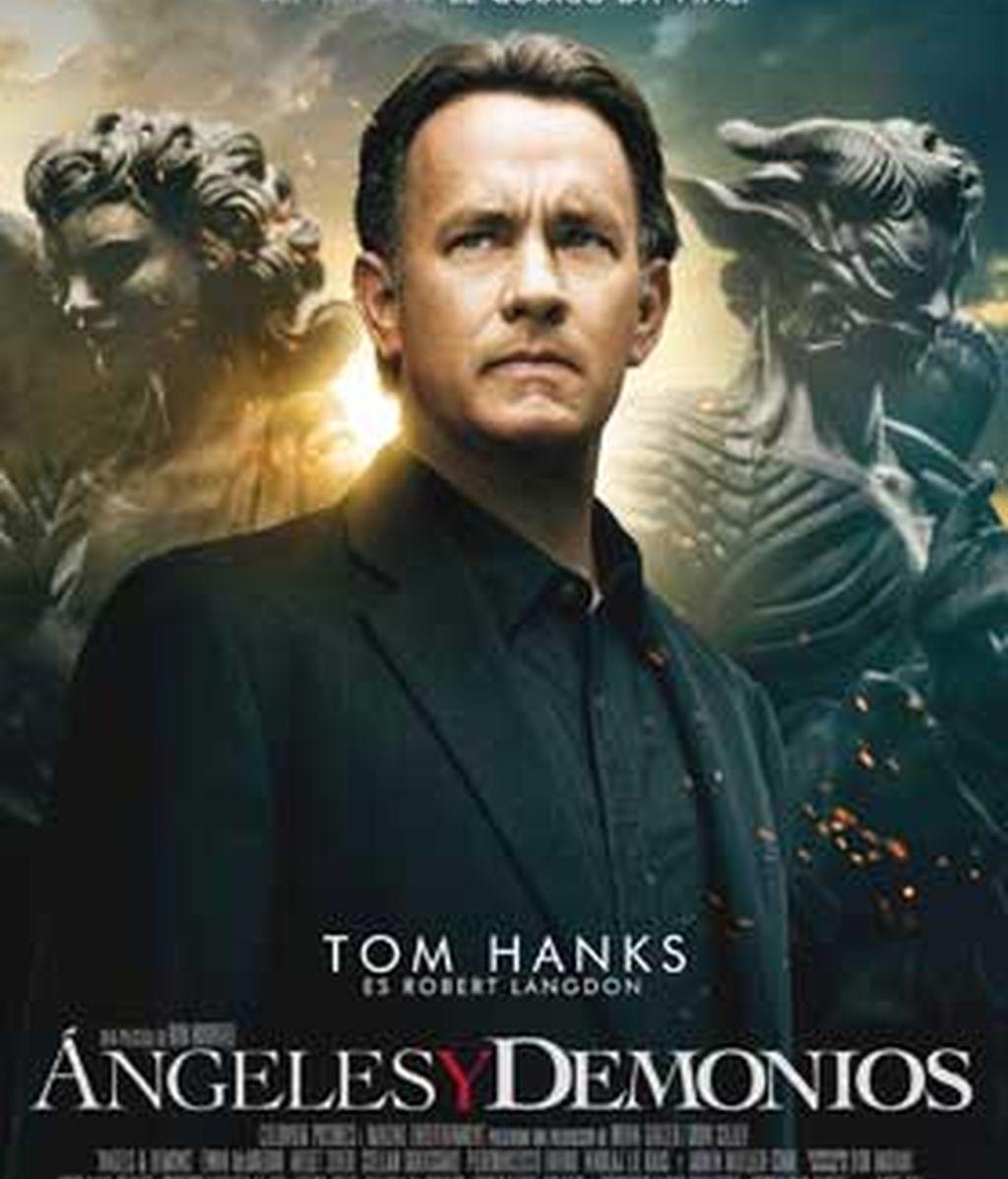 Tom Hanks, volverá a ser el protagonista de Ángeles y demonios, que regresa a los cines con polémica.  Poster Oficial de la película.