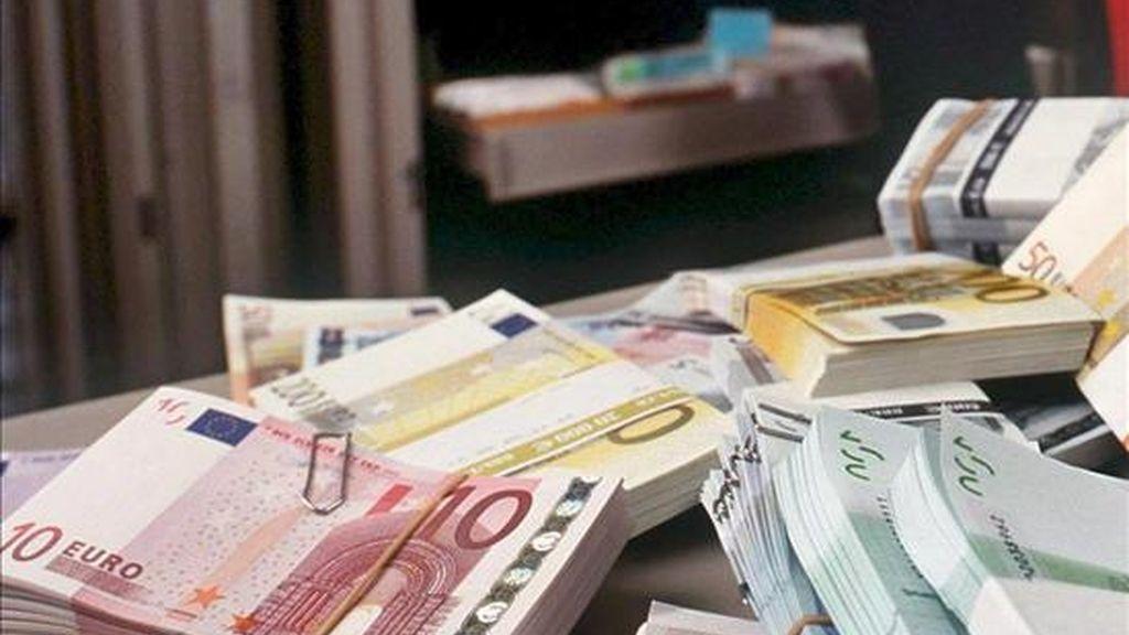 En la imagen, unos billetes de euro. EFE/Archivo