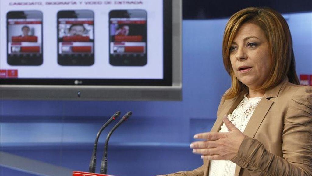 La portavoz del Comité Electoral del PSOE, Elena Valenciano, durante la presentación de los detalles de la campaña electoral que va a protagonizar el partido ante los comicios municipales y autonómicos del 22 de mayo EFE