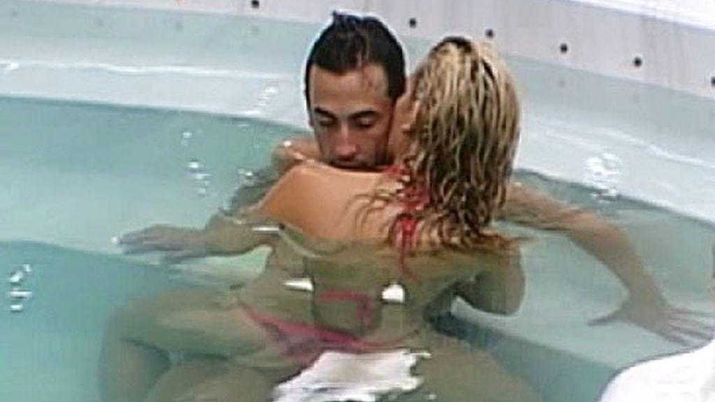 ¡Chari y Rubén tienen sexo en el jacuzzi!