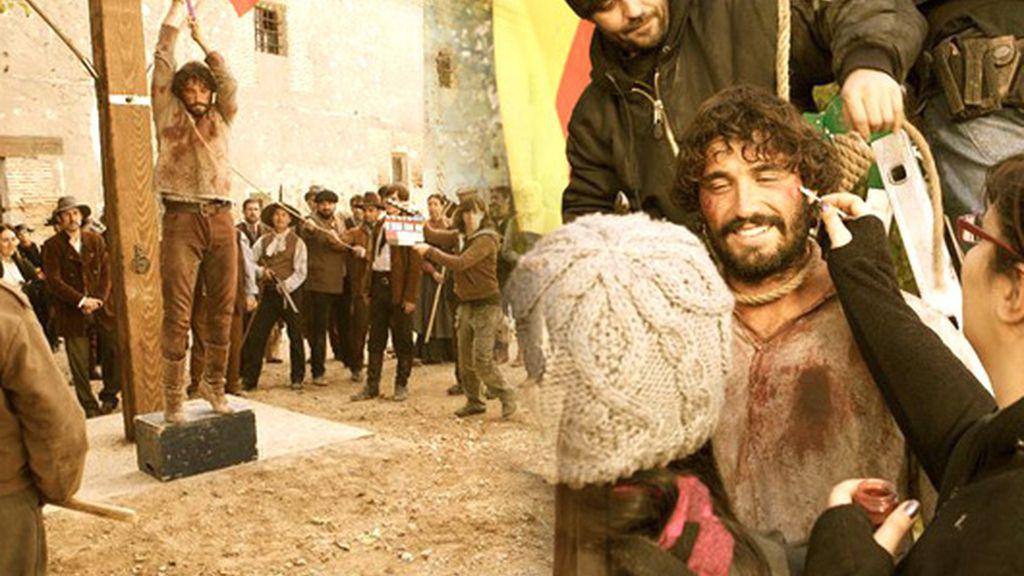 Las fotos del rodaje: ¡César en la horca!
