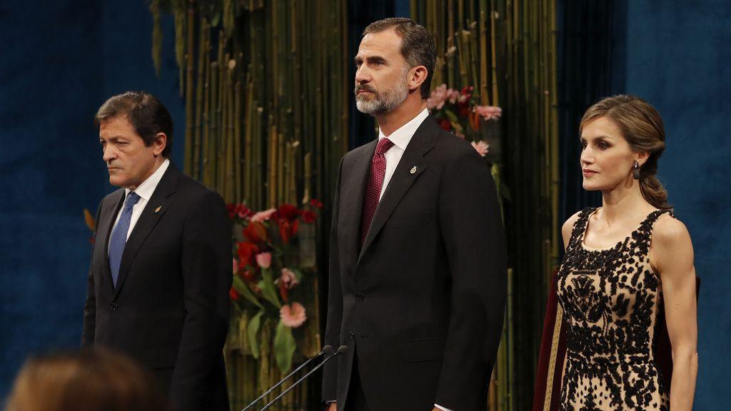 Los Reyes presiden los Premios Princesa de Asturias