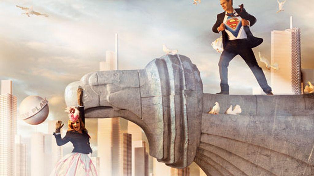 Junio: Superman da la bienvenida al verano con Belén Rodríguez