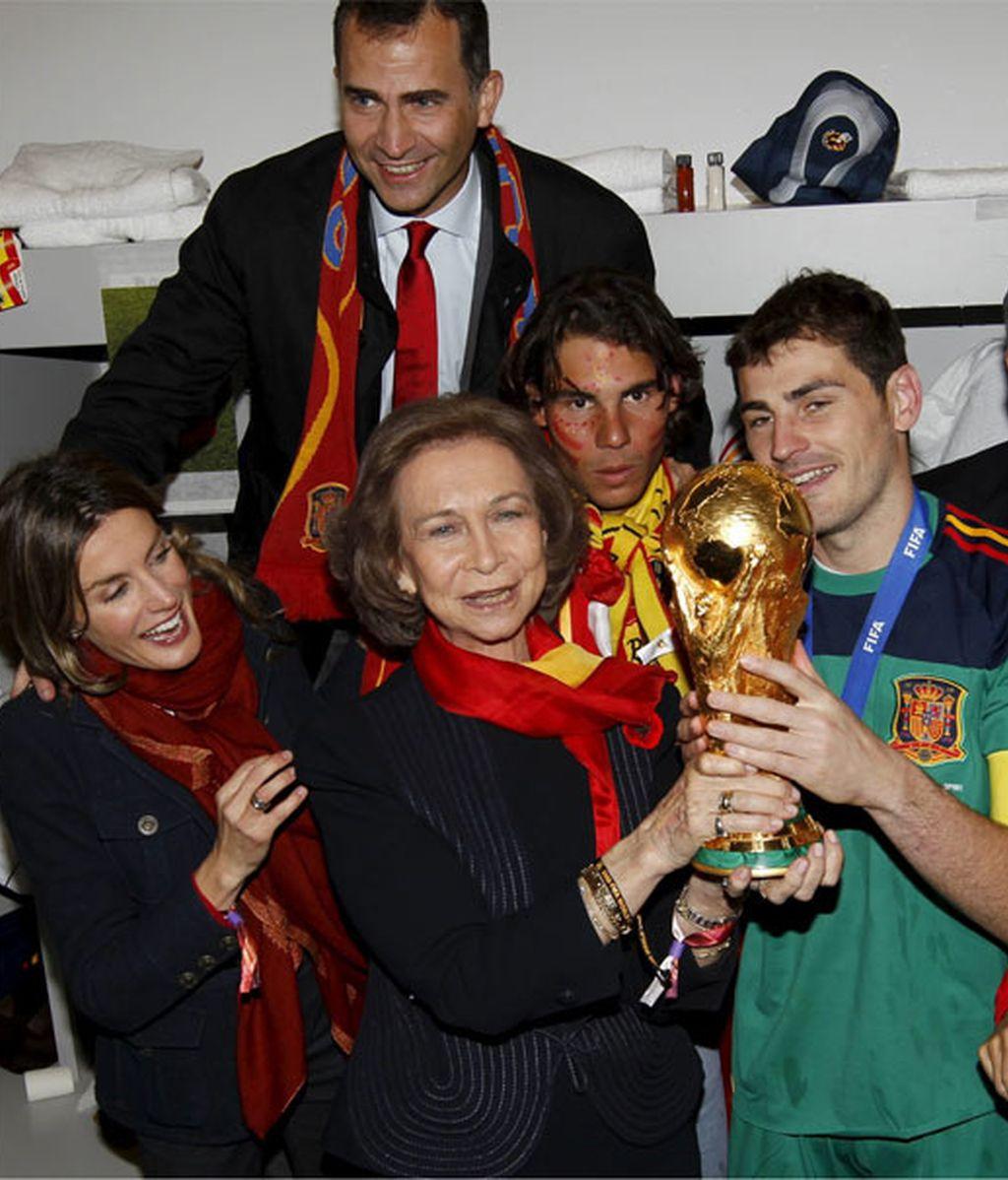 La familia real, con La Roja en la final