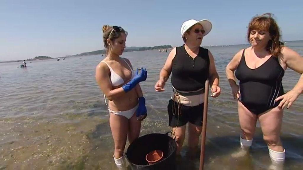 Momento bikini: María José convierte a las chicas de Markus en mariscadoras
