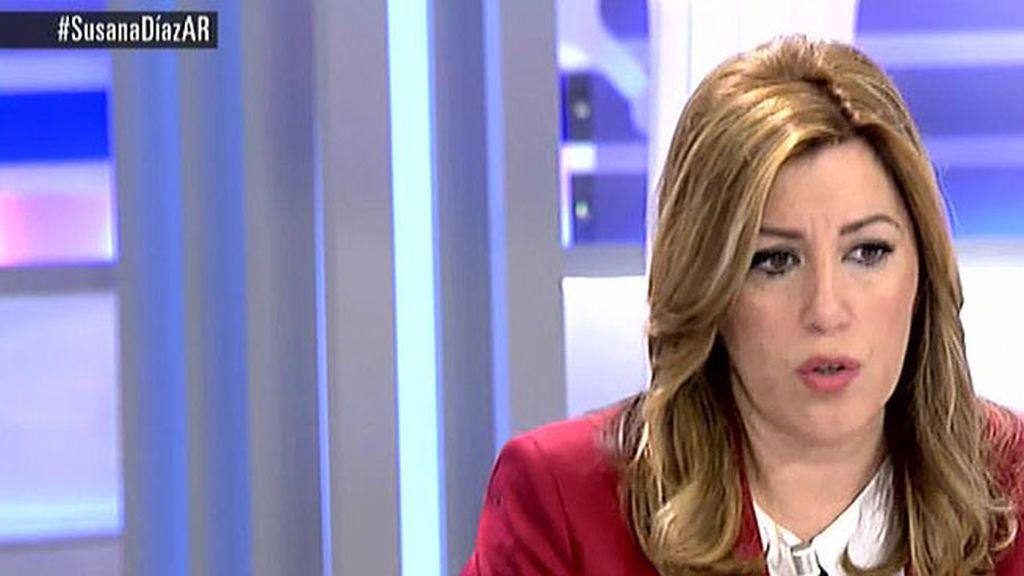 """Susana Díaz: """"Quien plantee la reforma de la Constitucion para que unos ciudadanos tengan más que otros me van a encontrar de frente"""""""