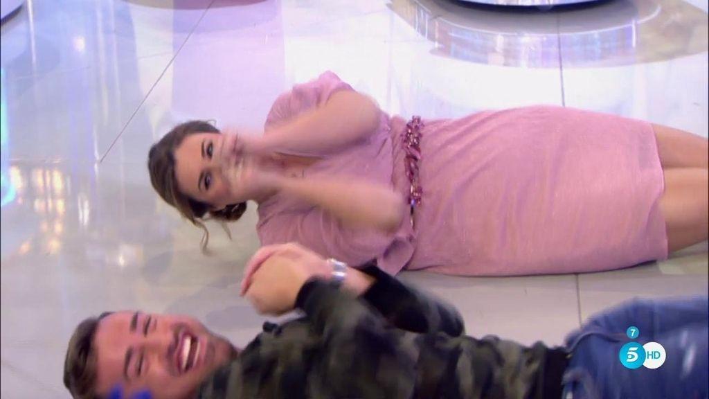 ¡Rafa Mora hace la croqueta con Carlota!
