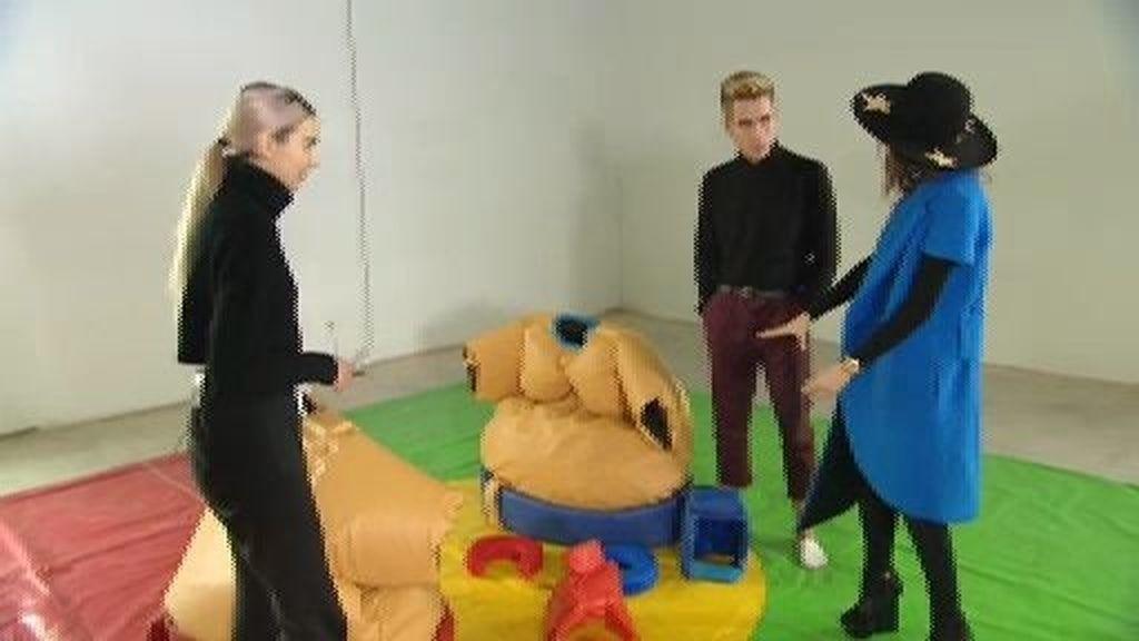 Los finalistas realizan una prueba al estilo de 'Humor Amarillo'