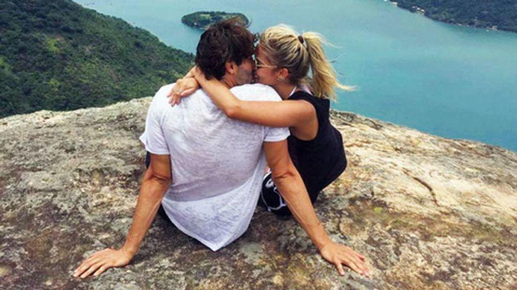 """Ella también ha compartido su primera foto juntos: """"Mi risa es tan feliz contigo"""""""