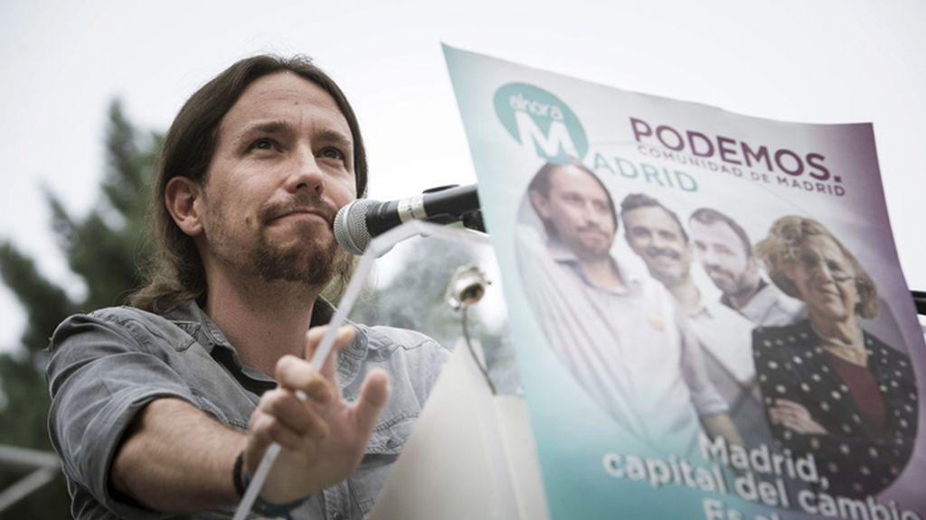 """Pablo Iglesias llama """"insensato"""" a Albert Rivera"""