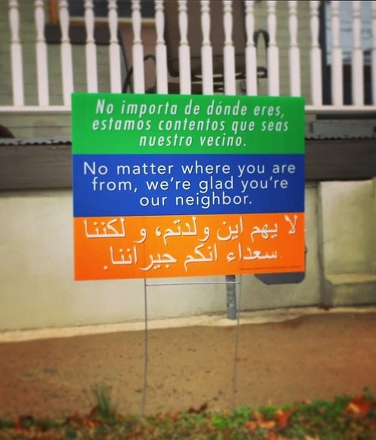 Estos carteles de bienvenida en diferentes idiomas están triunfando en EEUU