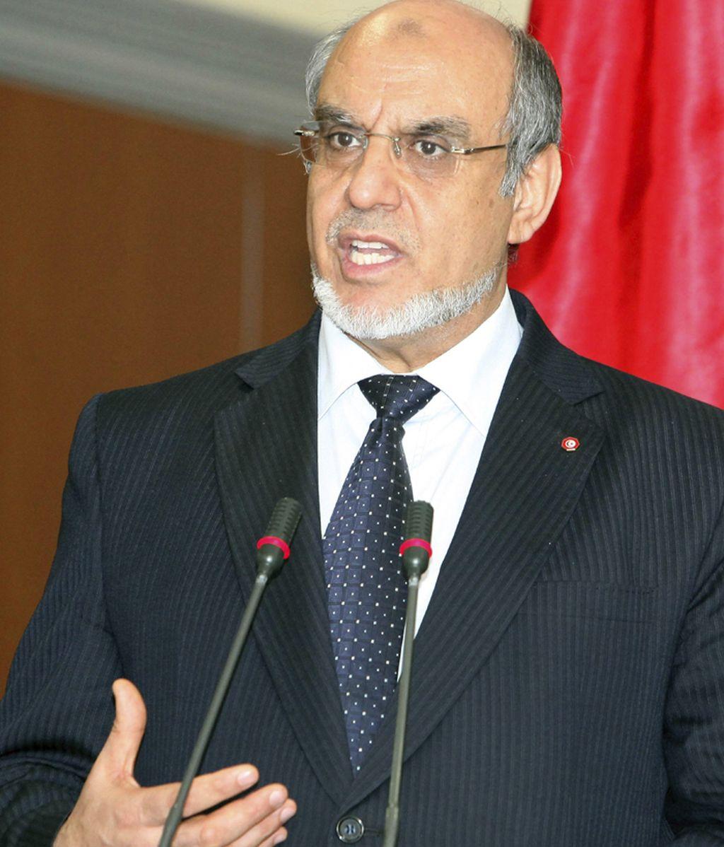 El primer ministro tunecino presenta su dimisión