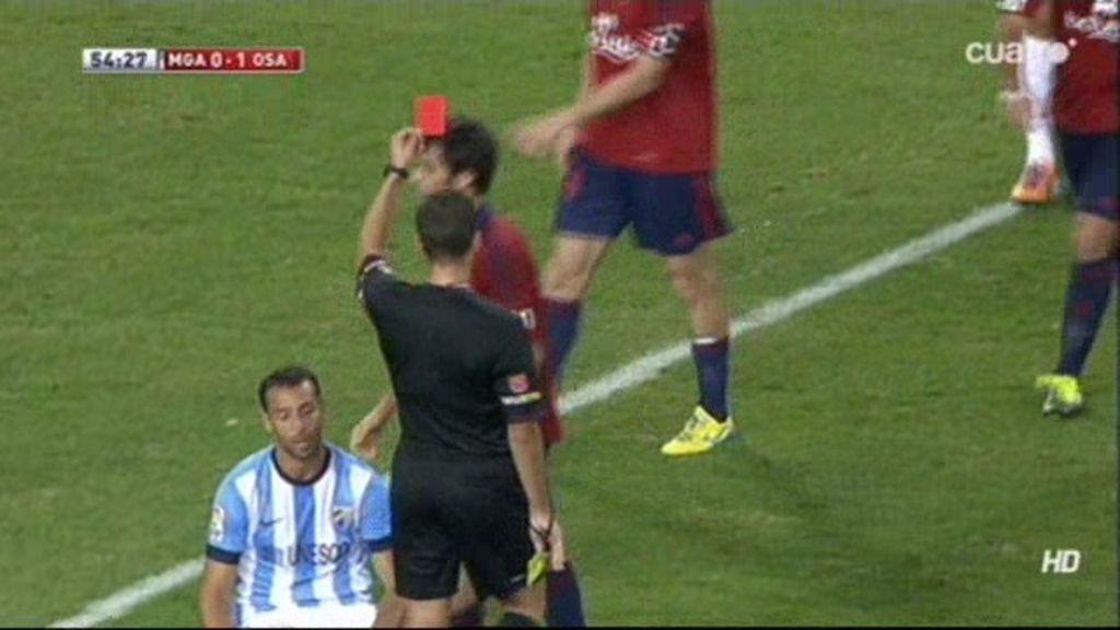 El árbitro Gil Manzano confunde la roja con la amarilla y da un gran susto a Arribas