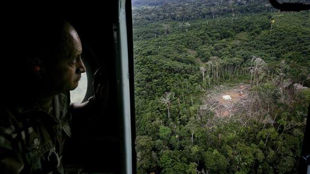"""El 1 de marzo de 2008, militares colombianos atacaron un campamento de las FARC en Angostura (Ecuador), donde murieron al menos 26 personas, entre ellas el """"número dos"""" de ese grupo rebelde, alias """"Raúl Reyes"""". EFE/Archivo"""