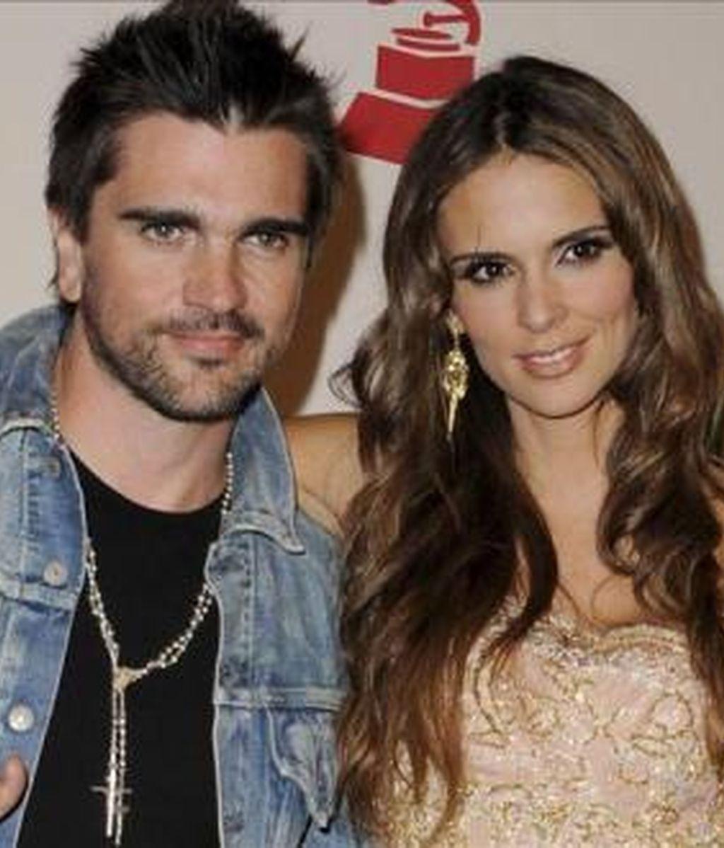El cantante colombiano Juanes y su esposa, la actriz Karen Martínez, tienen hasta ahora dos hijas: Luna y Paloma. EFE/Archivo