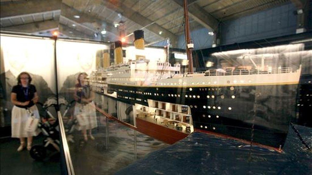 Maqueta del Titanic exhibida en una exposición  sobre el buque hundido. EFE/Archivo