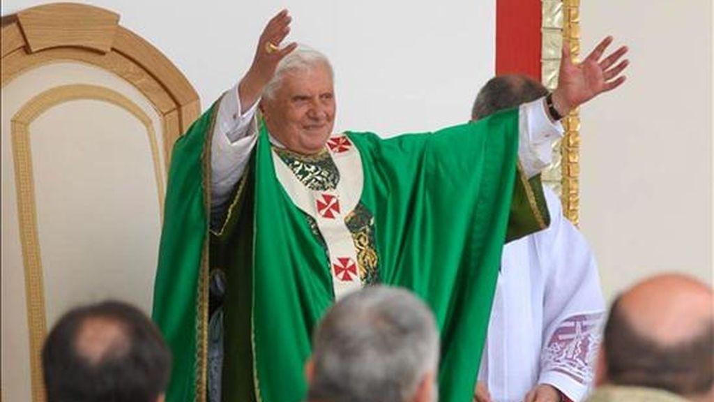 El Papa Benedicto XVI, que acostumbra recibir a los jefes de Estado en horas de la mañana, accedió a celebrar la audiencia privada con Obama a las 16.00 hora local (14.00 GMT). EFE/Archivo