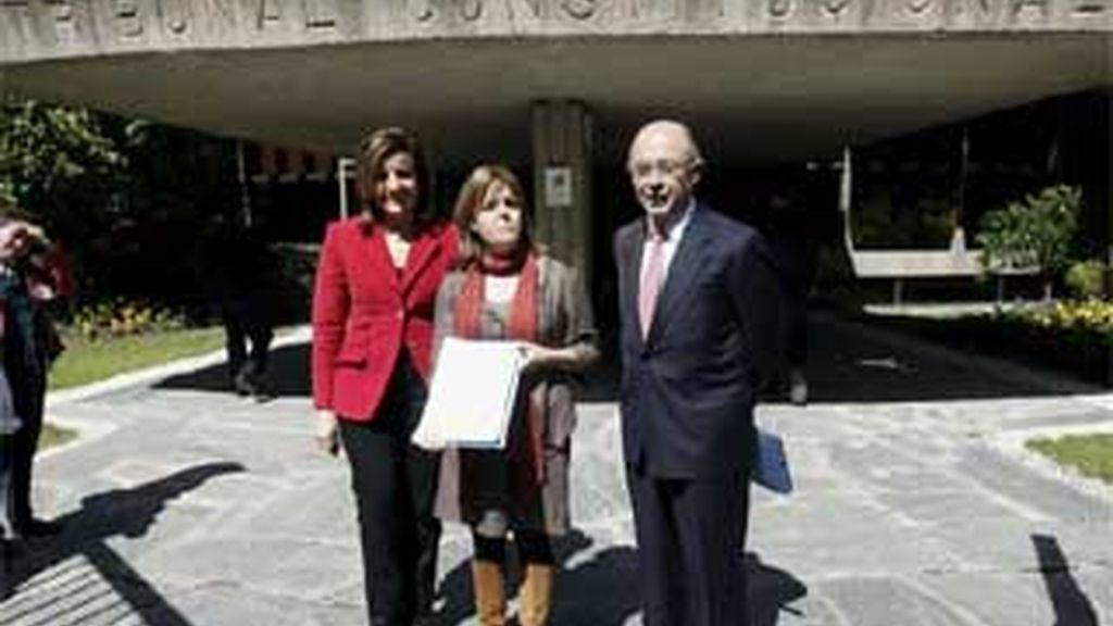 Cristóbal Montoro fue uno de los diputados populares que presentó ante el Constitucional el recurso  a los PGE 2009. FOTO: EFE / Archivo