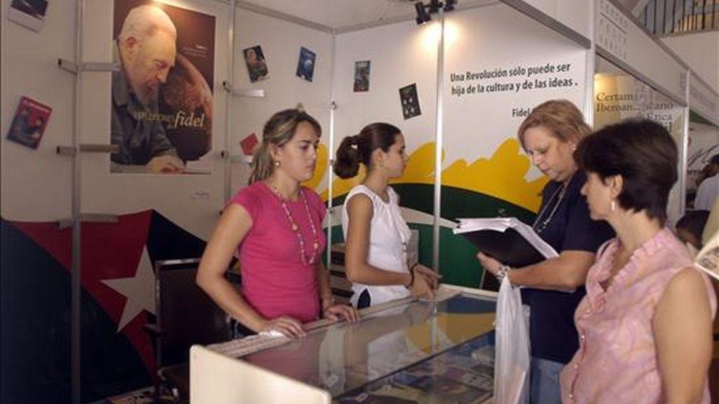 En 2007 se comercializaron más de ocho millones de ejemplares de diferentes géneros y hubo más de cuatro millones de visitantes en las sedes ubicadas por todo el país. EFE/Archivo