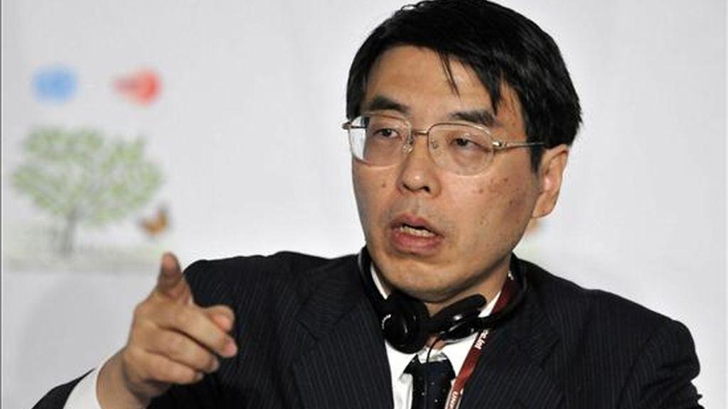 Akira Yamada, representante en asuntos globales del ministerio de Relaciones Exteriores de Japón participa en una rueda de prensa, en el marco de la XVI Conferencia de las Partes de la ONU sobre Cambio Climático en Cancún (México). EFE