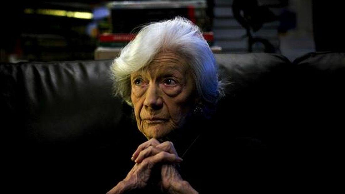 La escritora barcelonesa Ana María Matute, durante la entrevista que mantuvo con Efe el pasado 19 de noviembre. EFE/Archivo