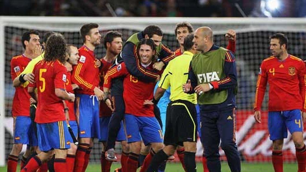La selección, celebrando la victoria ante Portugal en los octavos de final del Mundial
