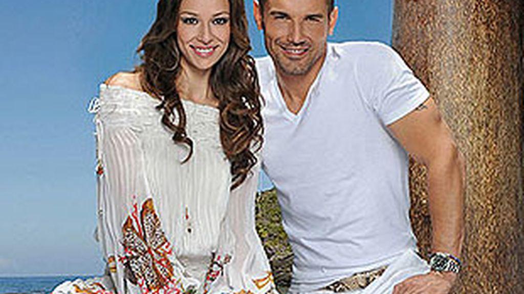 Eva González y Jesús Vázquez, presentadores de 'Supervivientes'.