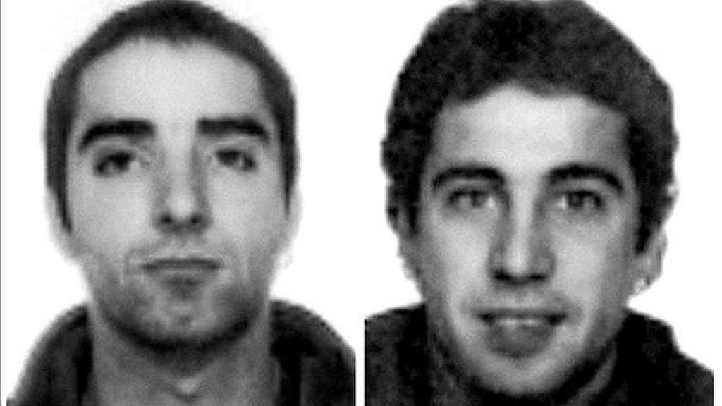 Fotografías de archivo de los dos presuntos etarras Oscar Celarain (i) y Andoni Otegi (d), detenidos en 2002 en Francia. EFE/Archivo