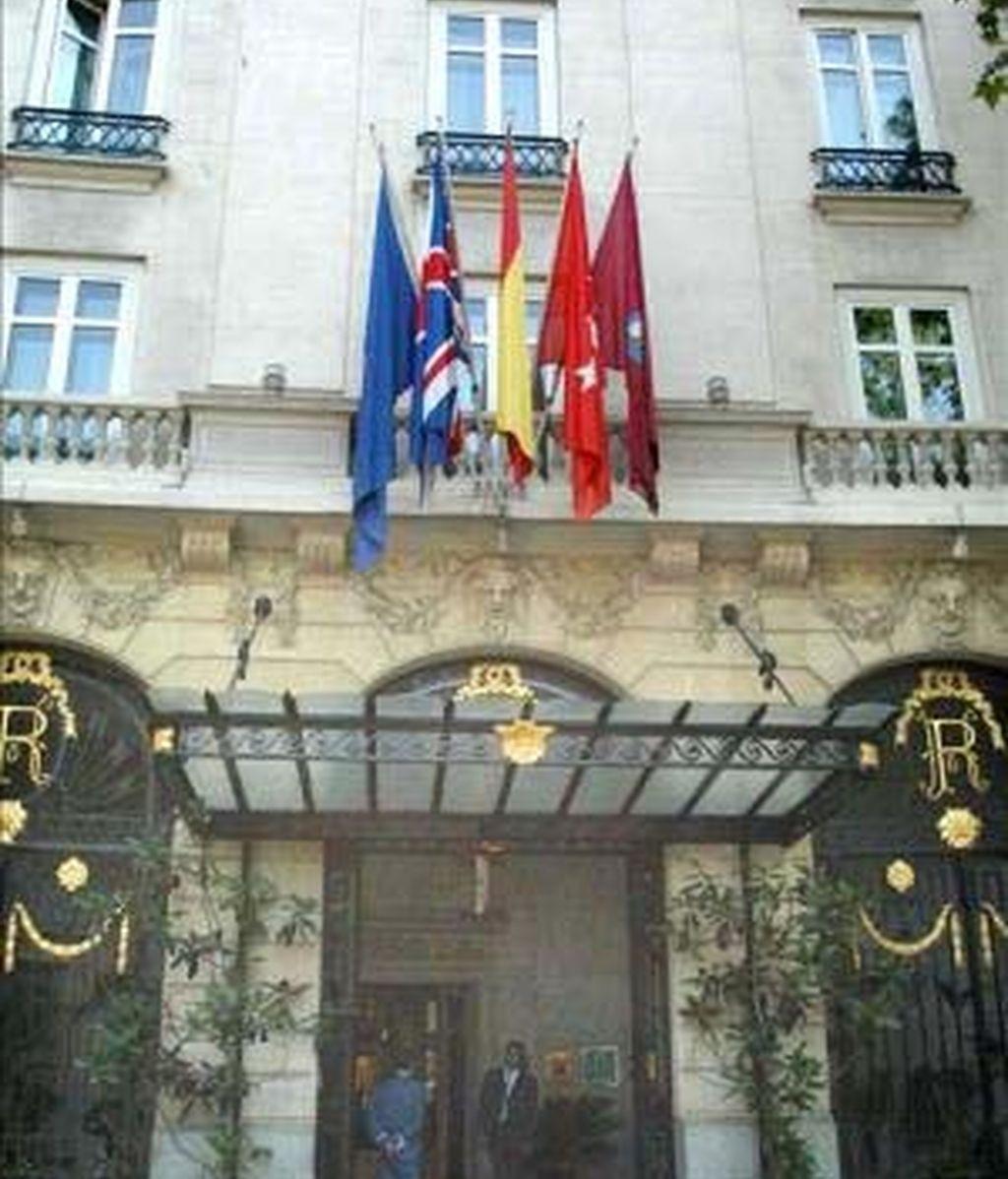 Fachada principal del edificio del Hotel Ritz. EFE/Archivo