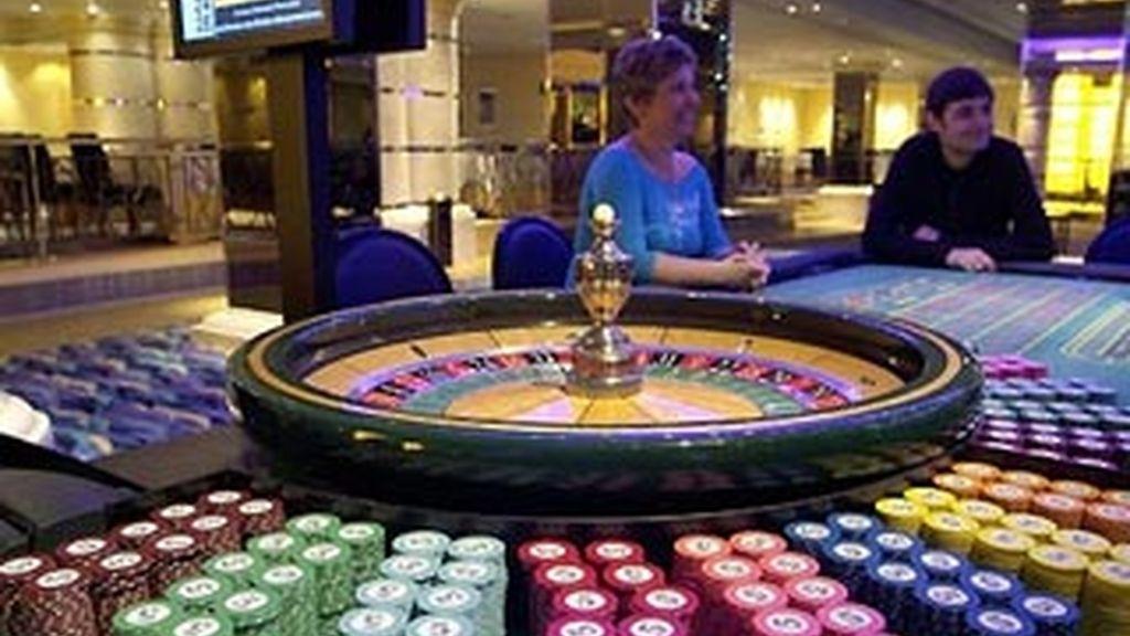 Más de 75.000 españoles tienen prohibido el acceso a bingos y casinos por problemas de ludopatía. Foto: EFE