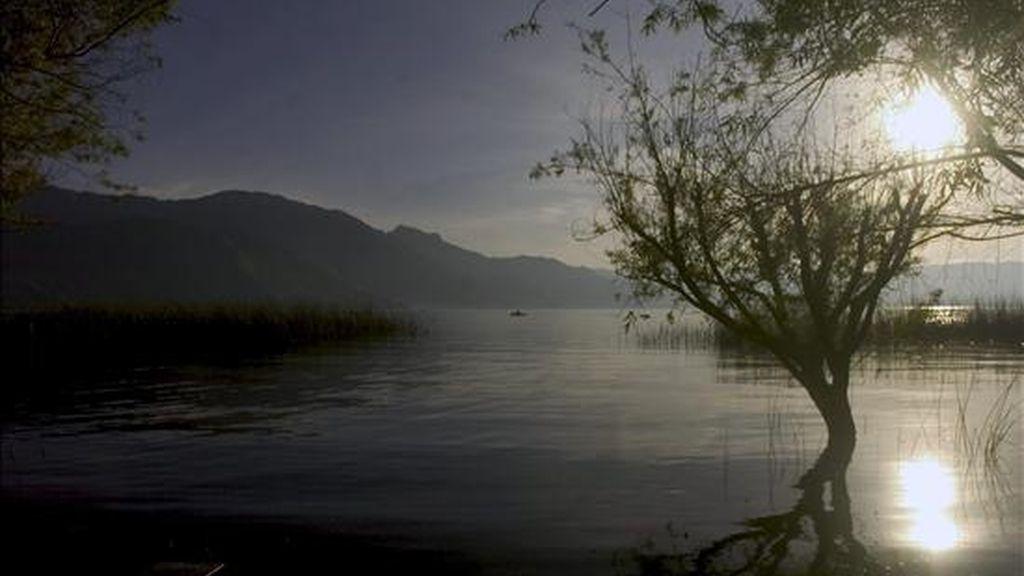 En Norteamérica, los lagos que más se calientan son los del suroeste de Estados Unidos, a un ritmo ligeramente superior al de los Grandes Lagos del norte. EFE/Archivo