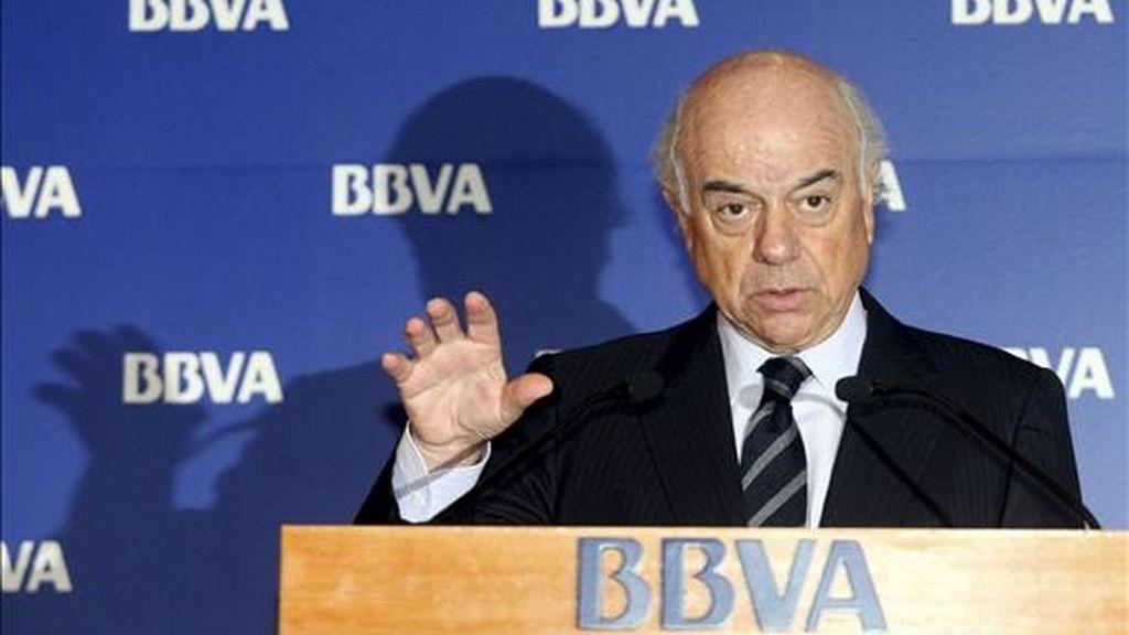 El presidente del BBVA, Francisco González, durante la presentación de los resultados de 2008 de la entidad bancaria, el pasado 28 de enero en Madrid. EFE/Archivo
